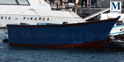 Trovata la barca che nessuno ha soccorso, 54 sbarcati a Lampedusa (Il Corriere della Sera 14 Luglio 2020)